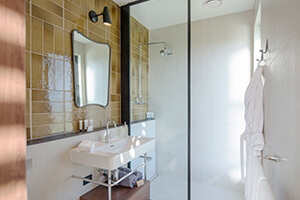Cadole Sierra Bathroom